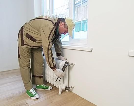 Как правильно установить радиатор отопления в квартире