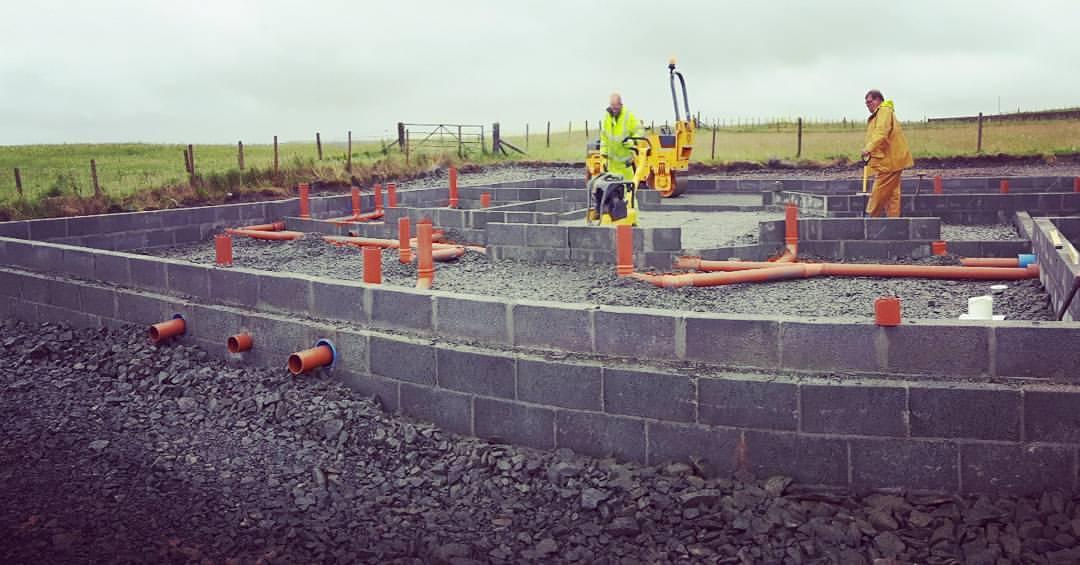Делаем проход канализации через фундамент