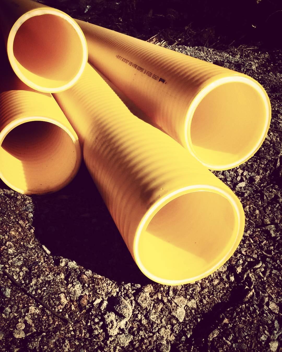 Монтаж системы канализации из пластиковых труб