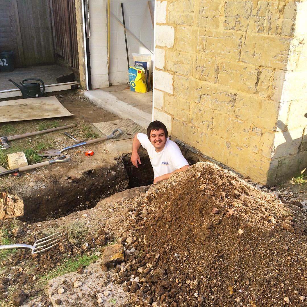 Проход канализации через фундамент
