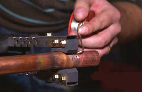 Электрический паяльник для пайки медных труб