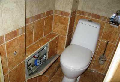 Как и чем закрыть трубы в туалете: 7 простых способов