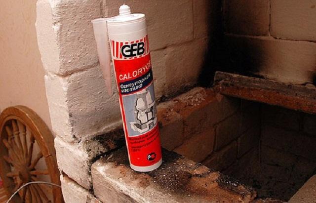 Выбираем термостойкий герметик для печей, каминов, дымоходов