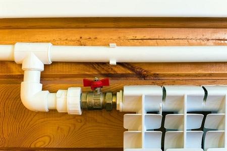 Особенности монтажа ПВХ-труб для отопления